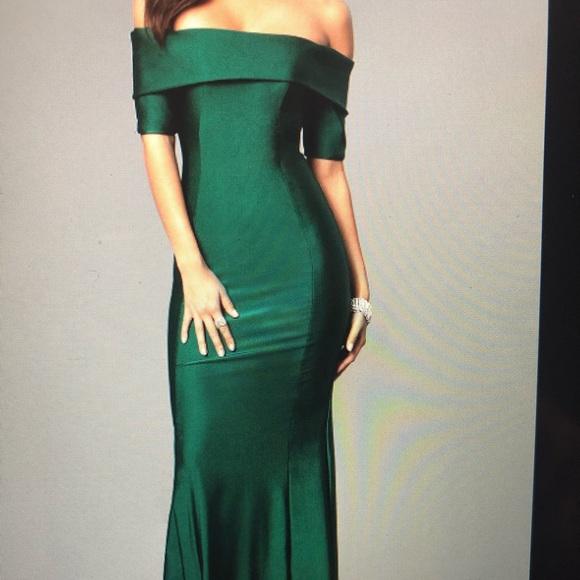 Green Offtheshoulder Prom Dress